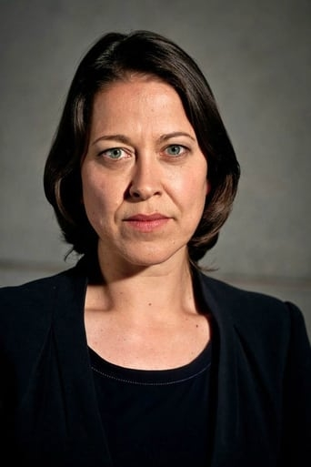Image of Nicola Walker